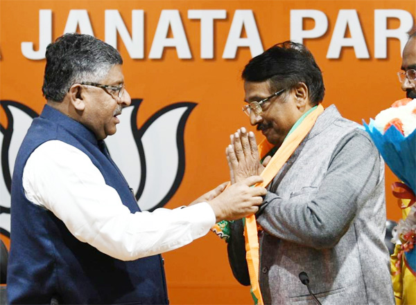 News,Thiruvananthapuram, , Kerala, BJP, Congress, Top-Headlines, Election,Tom Vadakkan as BJP candidates in kerala