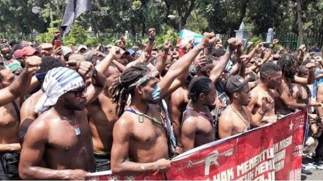 Wartawan Senior: Para Petinggi Negara Bingung Menghadapi Papua