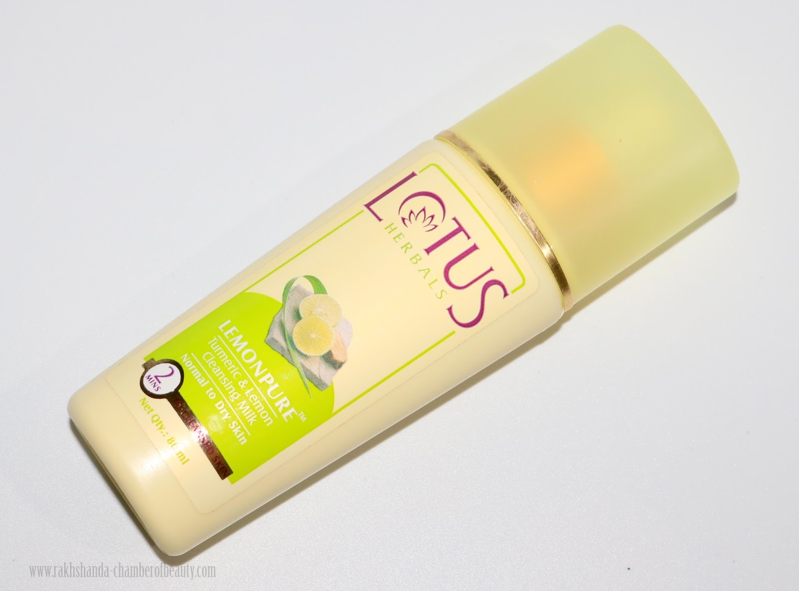 Lotus Herbals Lemonpure Cleansing Milk Review