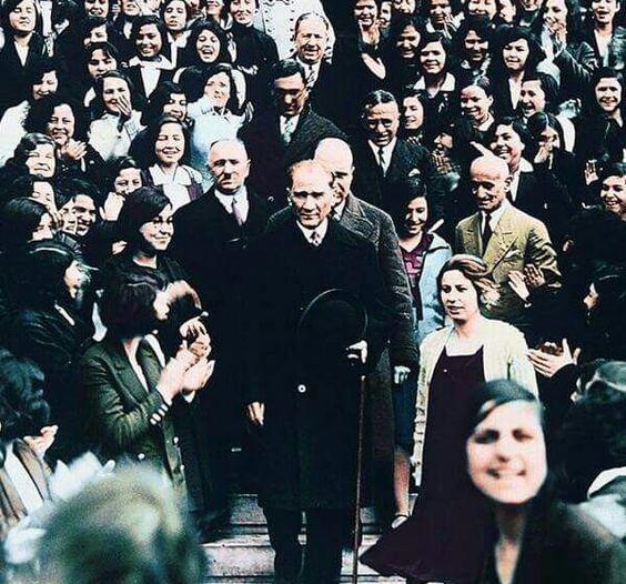 29 Ekim Cumhuriyet Bayrami Ataturk