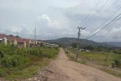 Warga Baiti Jannati Keluhkan Akses Jalan Masuk yang Rusak