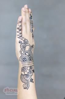 simple mehndi design for left hand