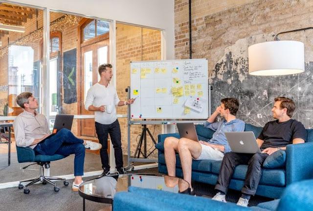 hiring software development company business saas developers