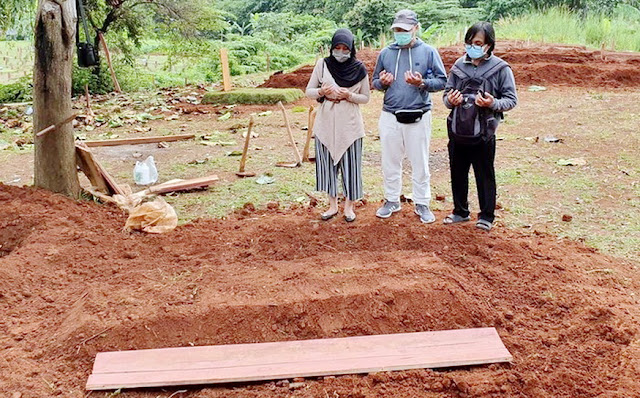 Ibunya Yang Meninggal Karena Corona Dikubur Tanpa Pelayat, Wanita IniUngkapkan Kesedihannya