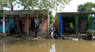 Miles continúan sin poder volver a sus casas tras huracanes en Nicaragua