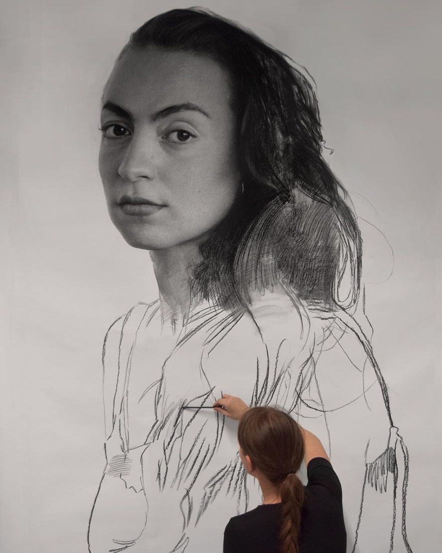 03-Clio-Newton-Enormous-Gigantic-Realistic-Charcoal-Portraits-www-designstack-co