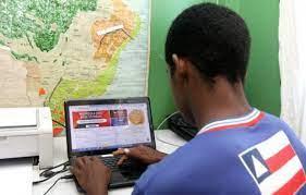 Matrícula para alunos na rede estadual será realizada  pela internet