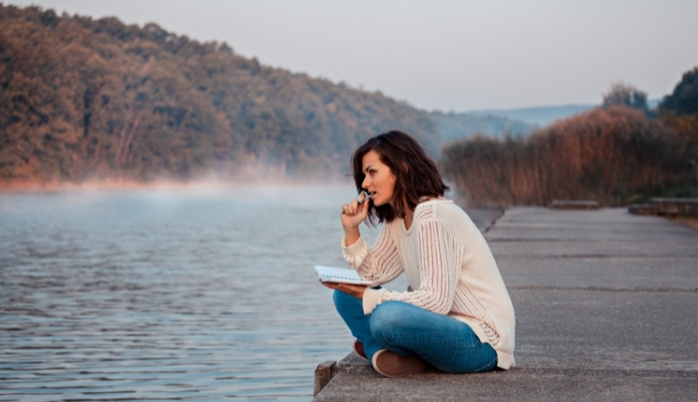 10 Powerful Benefits of the Habit of Writing.