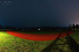 """Fotosērija """"Neparastā Latvija"""". Stadions naktī"""