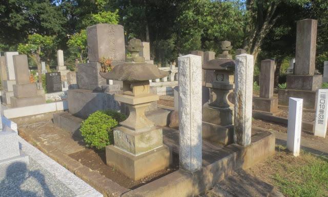 Friedhof mitten in Tokio