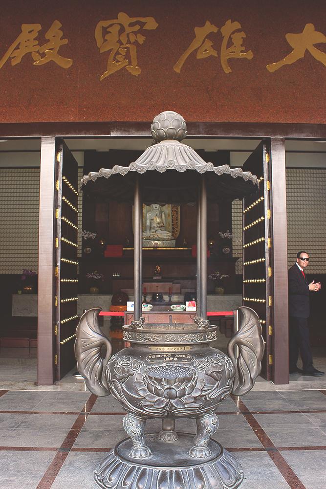 detalhes decoração templo budista