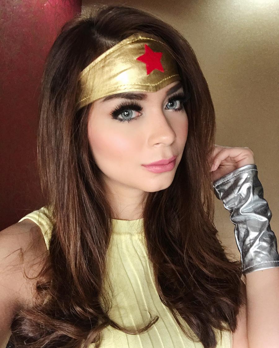 Sandra Olga manis jadi superhero Wonder women cantik