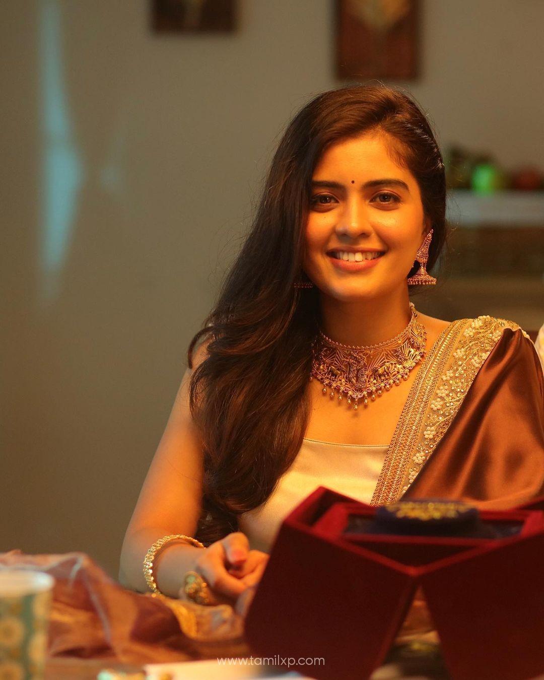 Amritha Aiyer stills