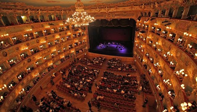 Sobre o Teatro La Fenice em Veneza