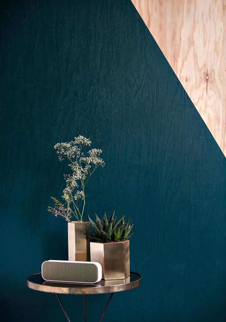 Dal massello ai pannelli, il legno grezzo è tra i top trend 2017 compensato colorato