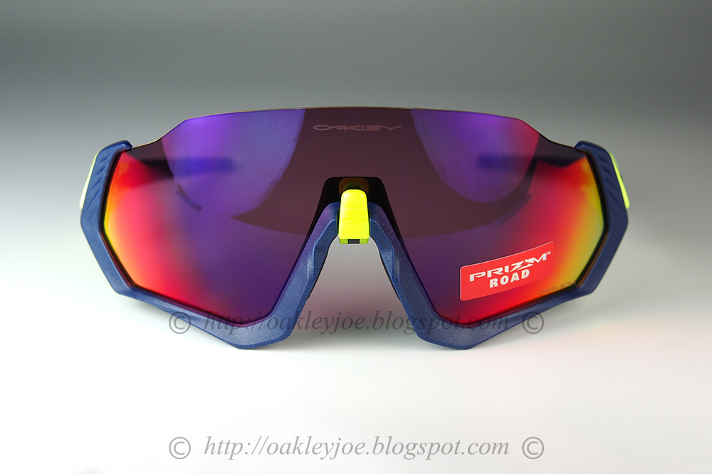 f89cb7347c oo9401-0337 Flight Jacket carbon + prizm low light  275 lens pre coated  with Oakley hydrophobic nano solution complete set with vault