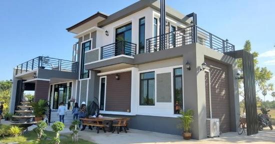 LINGKAR WARNA: 22 Desain Rumah 2 Lantai Terbaru !!!