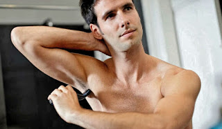 Male Hair Removal: Where To Trim And Where To Leave Hair - TML,Male hair removal: where to trim and where to leave hair,Male waxing has rules that tell the parts of the body where hair is allowed and where they should be trimmed without mercy.  Do you know what those places are?, Hence the doubt: by the body, where to trim and where to leave?, How To Be More Beautiful And Attractive - Tips To Put Into Practice - TML,How To Get More Beautiful In 10 Steps - TML, Style At School: 11 Male Fashion Tips For Teenagers - TML,Eyebrows, Nose and ears, Ilas Armpits, Arms, Chest, Back, Shoulders, Crotch, Legs, 70% OF WOMEN approve that their partners trim their hair - in order: back, armpits, neck, chest, abdomen and shoulders., 57% OF MEN trim their hair from somewhere on the body - in order: chest, armpit, groin, abdomen and back - for well-being, hygiene and comfort., (Survey conducted by Philips with 2,000 men and 1,015 women),Beard,Razor Shaving,Armpits,Hair Removal,Men's Grooming,Hair Removal With Cream,Pulsed Light Hair Removal,Waxing,Male Body,Appliance Hair Removal,Trending,Laser Waxing,How To Shave The Body,Razor,, trimmed male armpits, https://www.teachingmenslifestyle.com/2020/10/body-where-to-trim-and-where-to-leave.html,body-where-to-trim-and-where-to-leave, body where to trim and where to leave, Male waxing has rules that tell the parts of the body where hair is allowed and where they should be trimmed without mercy. Do you know what those places are? Man In The Mirror - By the body where ..., Man In The Mirror - Body Hair To Trim And Where To Leave - Male Hair Removal - Armpits