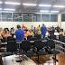 Servidores discutem reajuste salarial durante assembleia