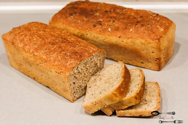 chleb, chleb na drożdżach, chleb pszenny, chleb z siemieniem lnianym, chleb ze słonecznikiem, DOMOWE pieczywo, domowy chleb, pieczywo, przepis na chleb,