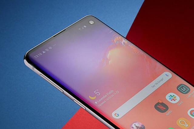 هاتف Galaxy S10 يحصل على تحديث Android 10 المستقر