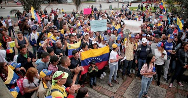 Censarán a migrantes venezolanos en Colombia para conocer su estado de salud