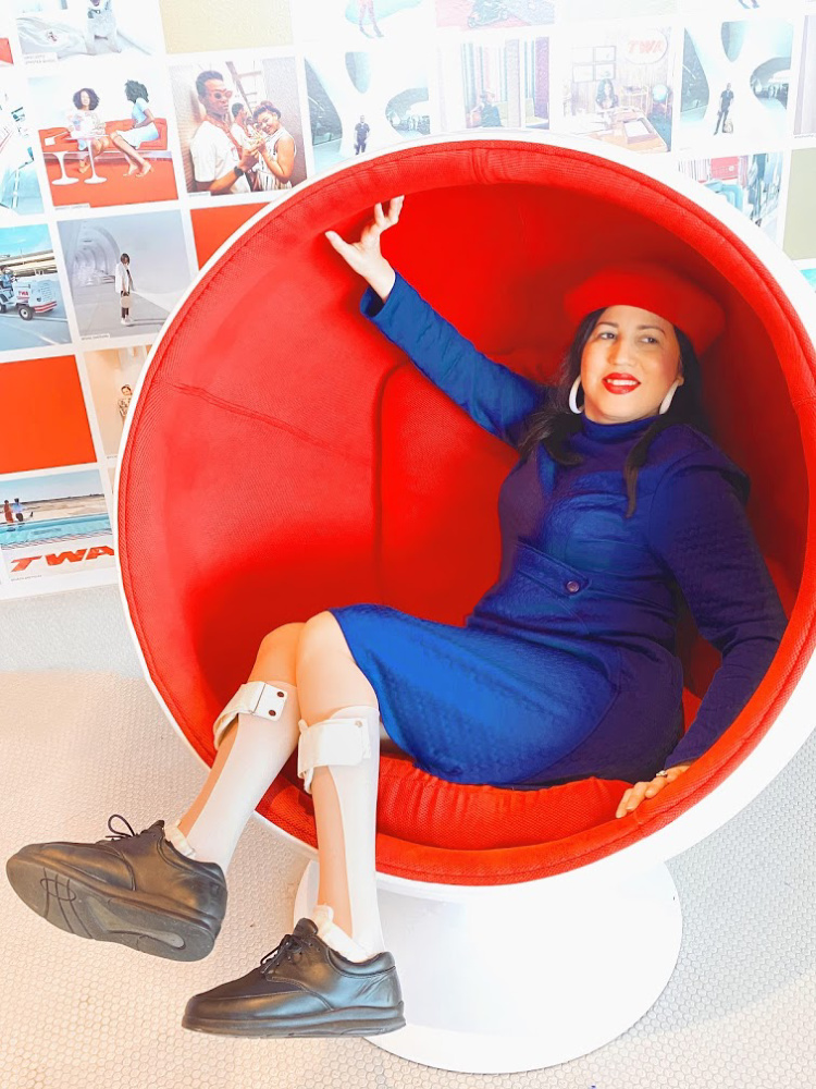 A Vintage Nerd, Vintage Blogger, Sixties Girl, Vintage Blog, Retro Lifestyle, Retro Lifestyle Blog, Sixties Furniture, 1960s Egg Chair, 1960s Ball Chair, Space Age Furniture, Space Age Chairs, TWA Hotel, Disability and Fashion, Sixties Style, Sixities Fashion, Modern Retro Fashion