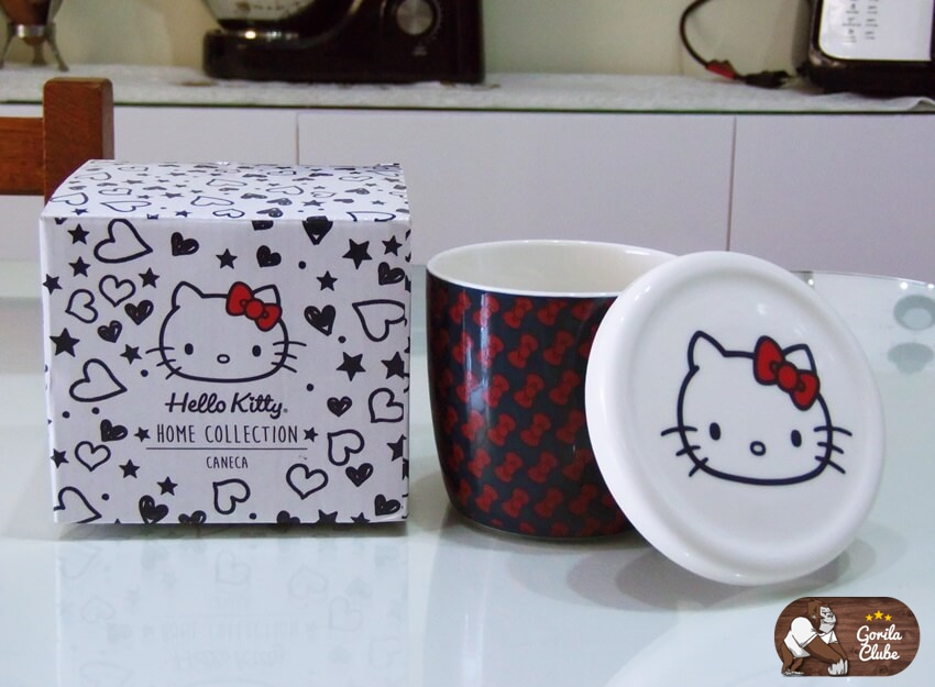 Caneca  com Tampa Hello Kitty
