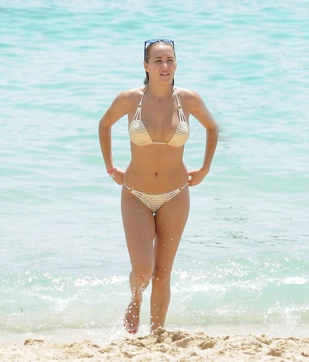 Goodman Beach Show Beauty Body Models Show Carcass