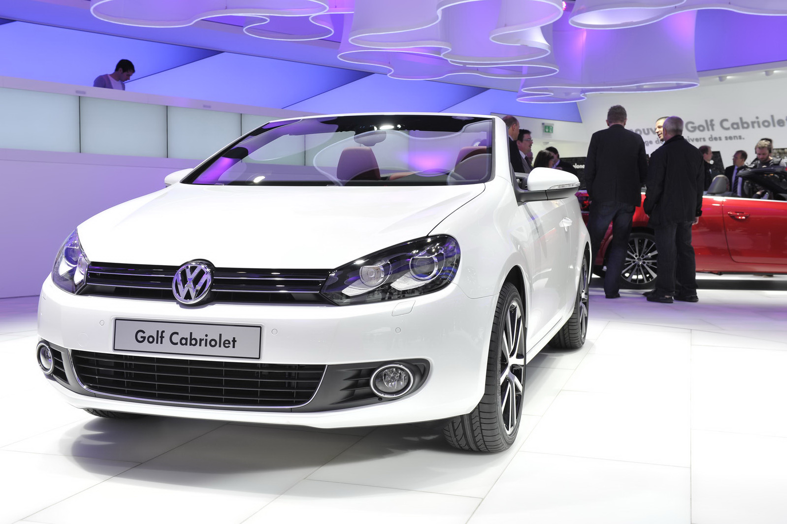 vw golf cabriolet 2013 car information news reviews videos photos advices and more. Black Bedroom Furniture Sets. Home Design Ideas