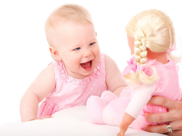 5 Benefits of Playing with Dolls