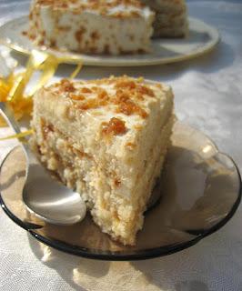 https://www.indugetscooking.com/butterscotch-cream-cake-recipe