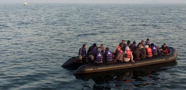تركيا توقف 33 لاجئاً فلسطينياً أثناء محاولتهم العبور لليونان