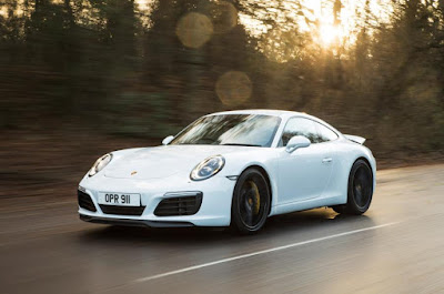 review eksterior porsche 911 carrera s