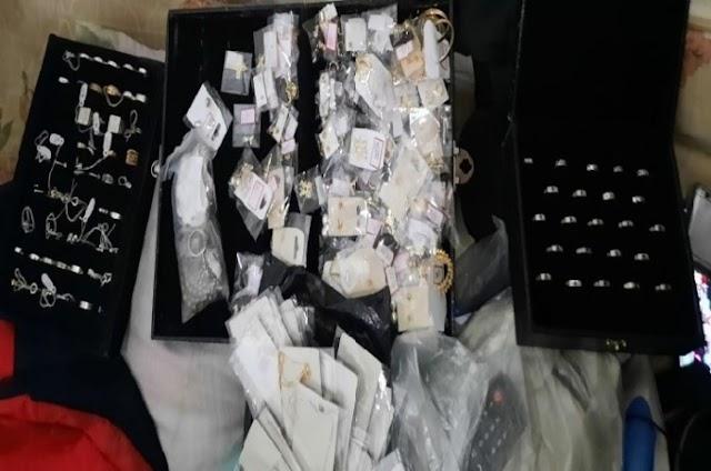 Polícia Civil prende dois homens acusados de arrombarem loja de joias no centro de Gravatá/PE