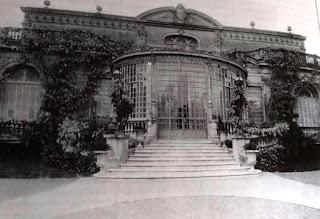 Salguero y Libertador: Residencia de la Familia Varela Castex y El primer auto.