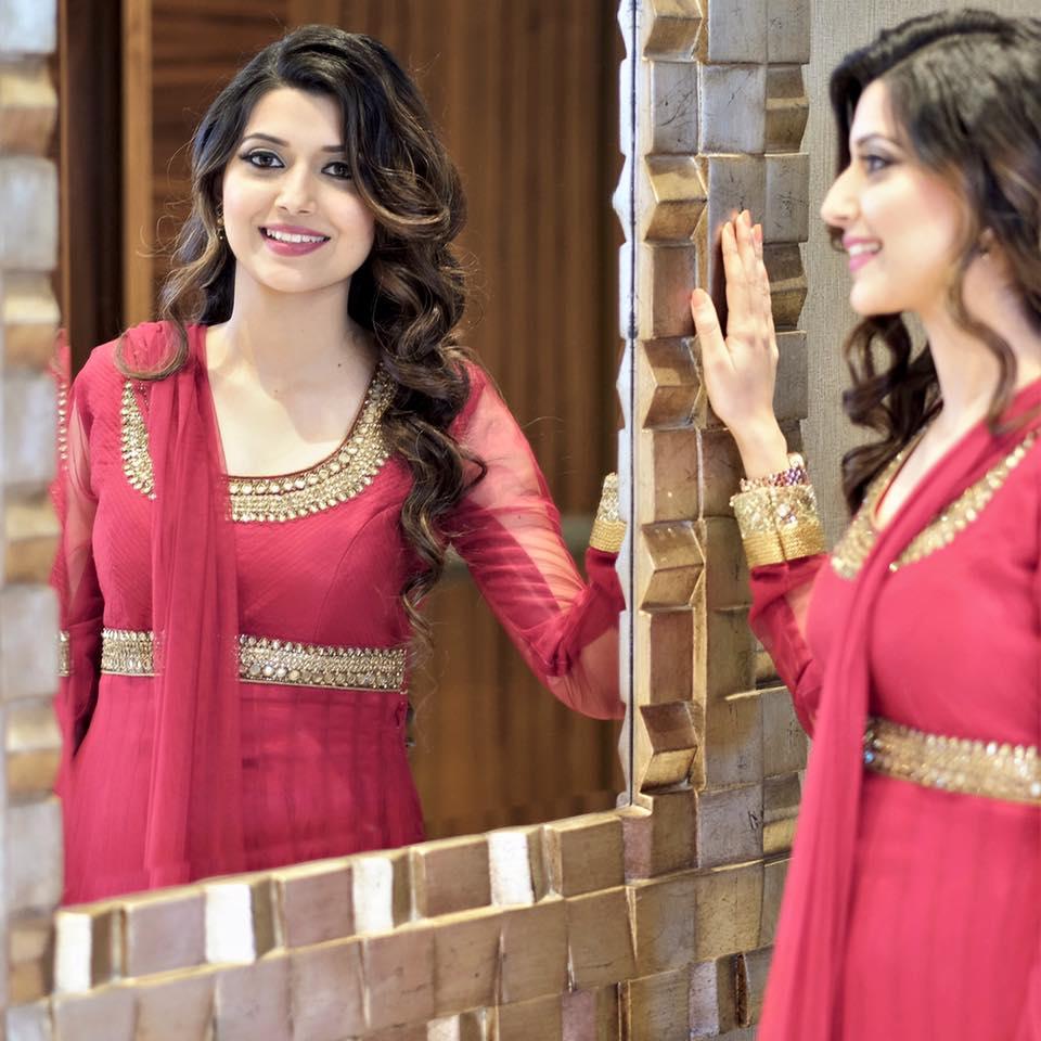 Punjabi Girls Wallpapers Punjabi Female Singer Latest -2012