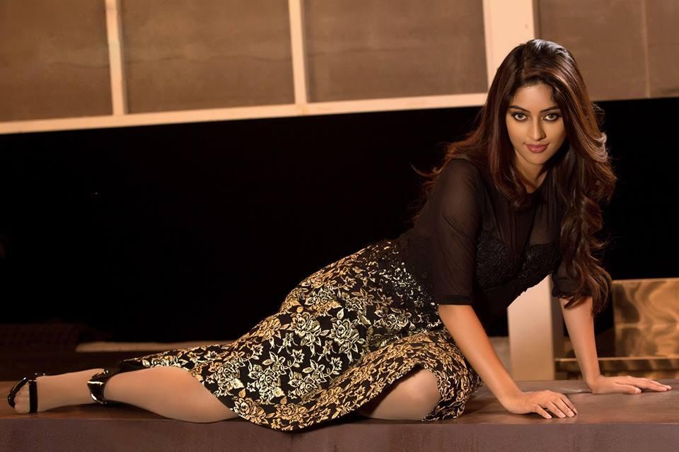 Actress Anu Emmanuel Latest Stunning Photos