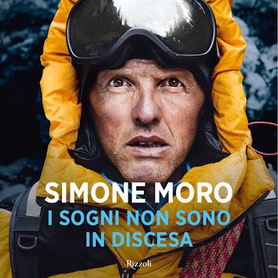 UNA MONTAGNA DI LIBRI I SOGNI NON SONO IN DISCESA Simone Moro