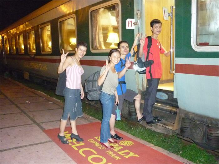 Train from Hanoi to Sapa price and cost