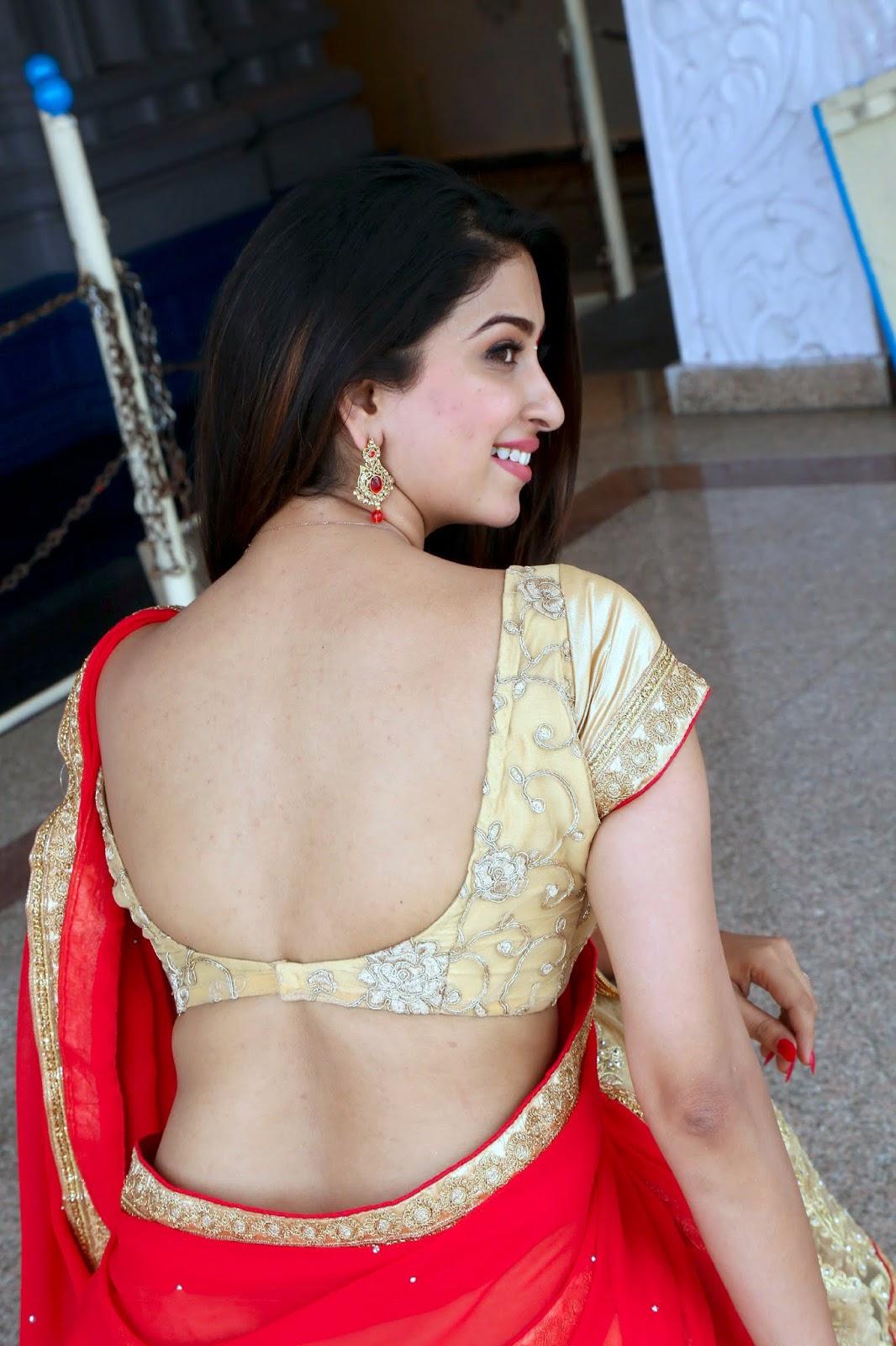 Eshanya Maheswari Hot Back In Red Saree At Ammayi Nachindi Movie Mahurat Event