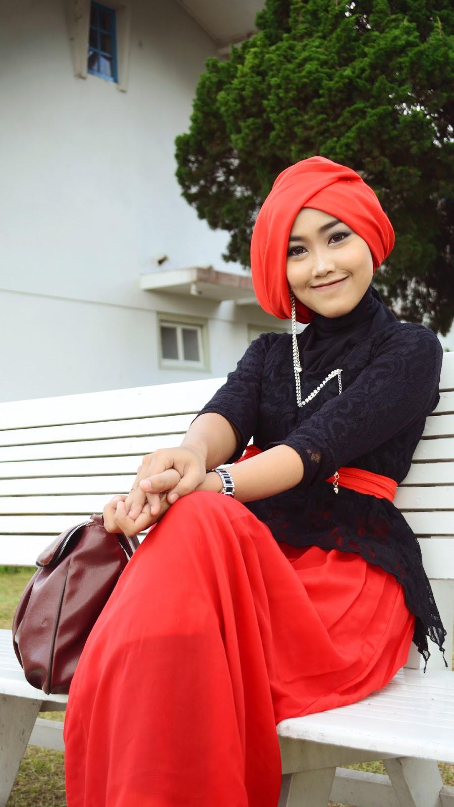 wanita seksi senyum indah dan manis wallpaper muslimah cantik hijab