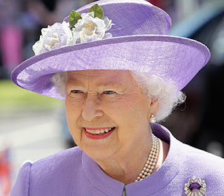 Queen Elizabeth II Hospitalized After Apparent Infection