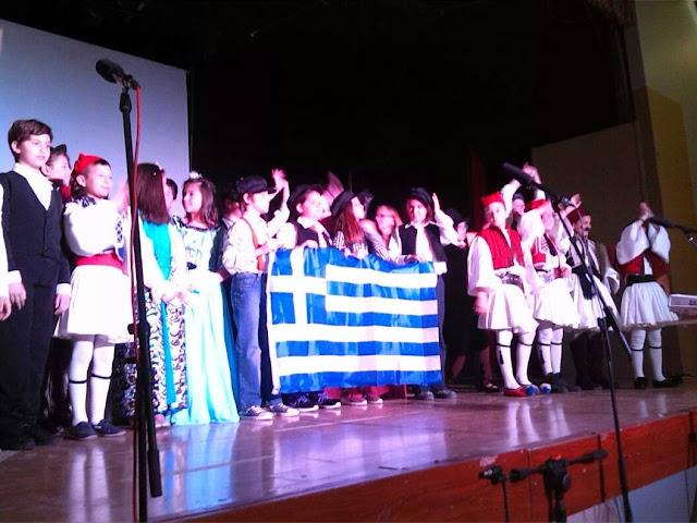 Εξαιρετική παράσταση του 1ου Δημοτικού Καποδιστριακού Σχολείου Άργους για την επέτειο της 25ης Μαρτίου