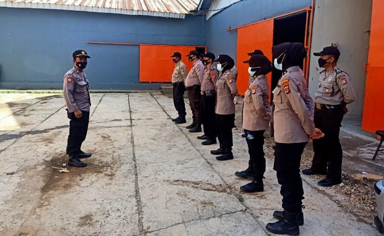 Pengamanan Lipat Sortir Surat Suara Pemilukada, Polres Serang Kota Terjunkan Polwan