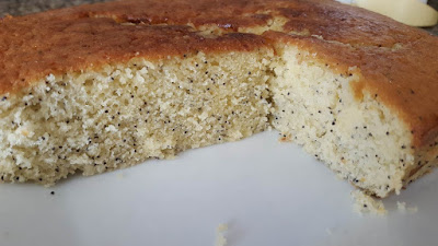 Easy & delicious lemon poppy seed cake