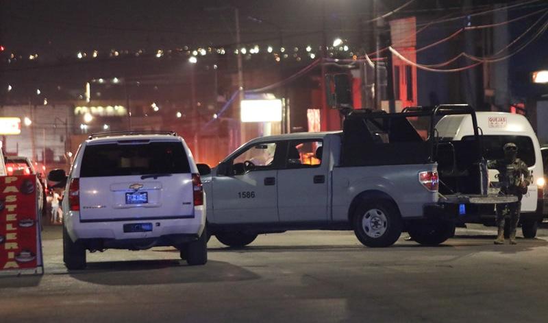 Vídeo: Macrobalacera en Puebla: Marinos fakes vs Marinos reales vs estatales