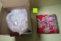 auspacken: Japanische Maneki Neko Glückskatze aus Porzellan (Klein, 12 cm)