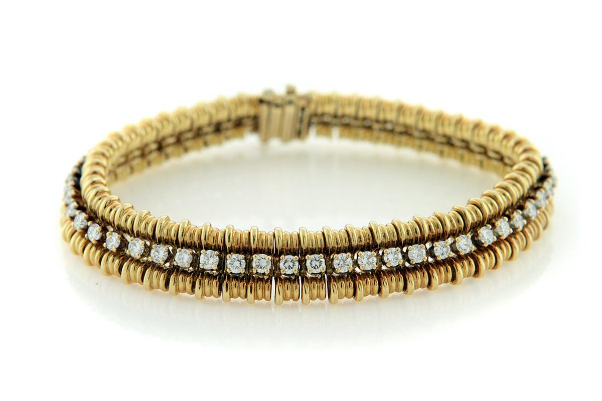 SHE FASHION CLUB: Gold Diamond Bracelet