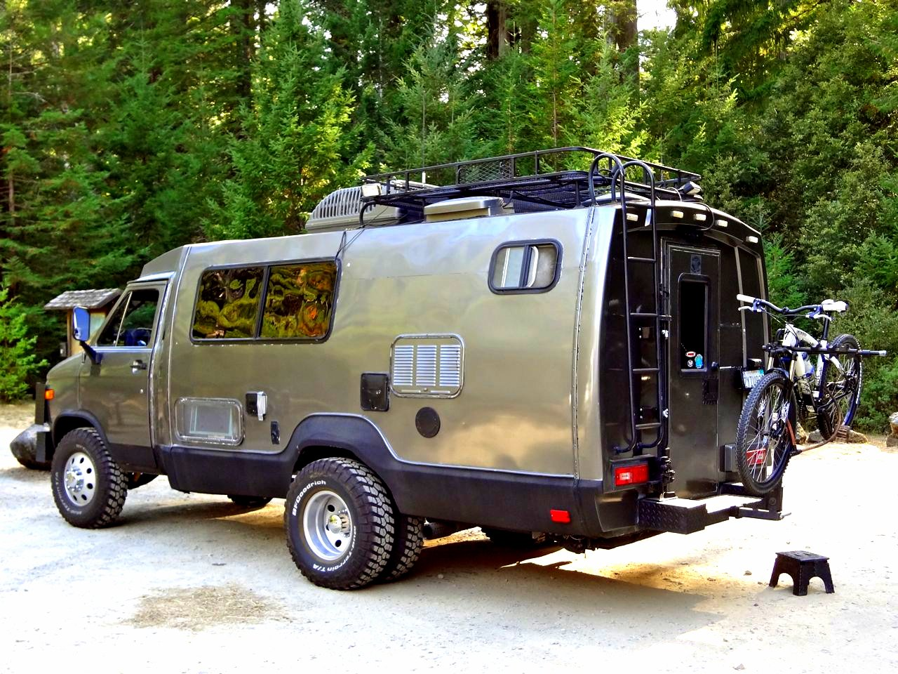 the flying tortoise when you 39 re seriously serious about all terrain freedom camping. Black Bedroom Furniture Sets. Home Design Ideas